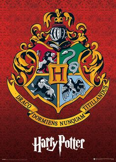 Harry Potter Metallic Poster Hogwarts Wappen - Harry Potter Metallic Poster Hogwarts Wappen Best Picture For Funny comics For Your Taste You are - Harry Potter Tumblr, Harry Potter Poster, Logo Harry Potter, Arte Do Harry Potter, Harry Potter Drawings, Harry Potter Room, Harry Potter Pictures, Harry Potter Facts, Harry Potter Hogwarts