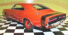 PhillyMint-Danbury Mint 1969 Dodge Charger 500 Hemi 1:24 diecast model