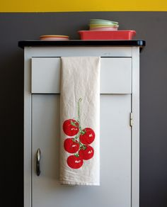 Flour Sack Towel - Tomato Vine - Hand Screen Printed. I have two of these in different veggies and they are great! Good price too