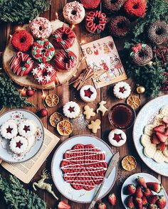 Are you looking for inspiration for christmas aesthetic?Browse around this website for unique Xmas inspiration.May the season bring you happy memories. Christmas Mood, Merry Little Christmas, Noel Christmas, Christmas Countdown, Christmas Treats, Christmas Cookies, Christmas Decorations, Holiday Treats, Christmas Baking
