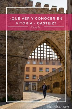 ¿Tienes ganas de conocer el norte español? Tienes que visitar Vitoria Gasteiz. Una de las 3 provincias del Pais Vasco que te encantará. #Vitoria #VitoriaGasteiz #PaisVasco #España Best Places To Travel, Best Cities, Places To Visit, Basque Country, Car Travel, Andalucia, Bilbao, Seville, The Good Place