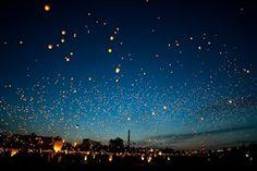 Não declare que as estrelas estão mortas só porque o céu está nublado.