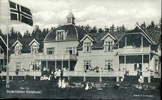 Østfold fylke Hvaler kommune Skjærhaldens Badehotel med mye folk, Utg C.A. Erichsen  brukt 1924