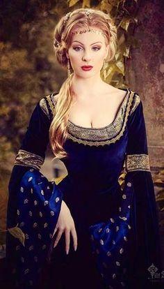 fantasy. medieval. renaissance. blue velvet. embellished costume. gown. lovely! [vm]