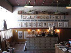 A look in our shop - welcome #tibberuphoekeren #smallshopkeeper #hoekeren