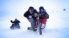Trike Drifting in SNOW with Syndicate and Shonduras! | Devinsupertramp