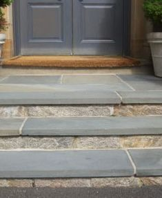 Finish off your outdoor living area, walkway, patio or pool with our Thermal Bluestone Treads, offered in multiple different lengths, and depths. Front Porch Stairs, Front Door Steps, House Front Porch, Front Porch Design, Front Walkway, Front Door Entrance, House Entrance, Patio Steps, Porch With Steps