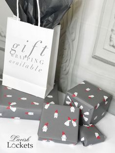 Let Lavish wrap your gifts this Christmas!