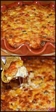 FIESTA CORN DIP: 8 ounces Monterey Jack cheese, shredded 3 cups frozen corn, defrosted 2 cups Hellman's mayonnaise cup chopped green chiles (small can), drained cup roasted red bell peppers, minced 1 cup grated Parmesan cheese Appetizer Dips, Yummy Appetizers, Appetizers For Party, Appetizer Recipes, Party Dips, I Love Food, Good Food, Yummy Food, Tasty