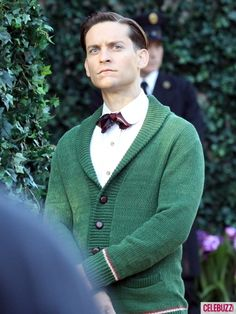 The Great Gatsby, featuring Crazy Eyes Tobey Maguire as Nick Carraway Gatsby Man, Gatsby Look, Gatsby Style, Gatsby Party, Scott Fitzgerald, Roaring Twenties, The Twenties, The Great Gatsby Movie, Critique Film