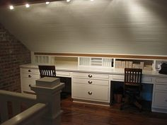 possible desks in the bonus room (would really like a desk and storage built in for the bonus room)