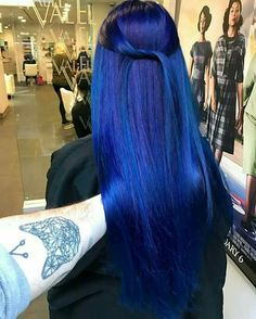 My favorite color Do you like colorful hair as much as I do? Hair By me ☀️ Pretty Hair Color, Nagel Blog, Coloured Hair, Dye My Hair, Green Hair, Blue Purple Hair, Blue Hair Colors, Hair 2018, Rainbow Hair