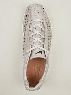 outlet store 3fa22 e8ba2 nike mayfly woven    get at me
