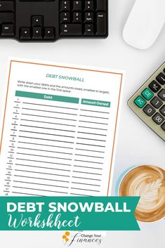 FREE Debt snowball worksheet - walks you through how to pay off your debt in a simple methodical way that gets amazing results! Paying Off Student Loans, Student Loan Debt, Excel Tips, Debt Snowball Worksheet, Paying Off Credit Cards, Budget Planer, Making A Budget, Budgeting Worksheets, Family Budget