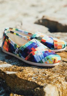 Show your artistic cred in these bold patterned classics.