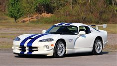 A one-owner, Dodge Viper GTS-R will be auctioned by Mecum at its upcoming Kissimmee 2017 sale. Viper Gts, Dodge Viper, Dodge Challenger, American Car Companies, Automobile, First Time Driver, Buick Roadmaster, Oldsmobile Cutlass, Mopar Or No Car