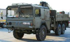 ÖAF (MAN) sLKW FROHE ÖBH (Austrian Army) Heavy Duty Trucks, Big Trucks, Military Vehicles, Military Car, Offroad, Automobile, Monster Trucks, Army, Camper
