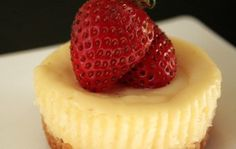 Mini Cheesecake Recipe- these are so good when my mom makes them!