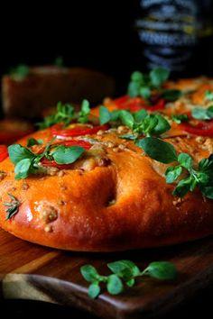 Kakkuviikarin vispailuja!: Tomaattinen focaccia