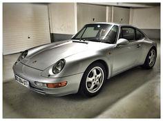 Silver Porsche 993 Carrera Paris