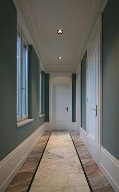 Ingresso, Corridoio & Scale in stile in stile Classico di CG VOGEL ARCHITEKTEN