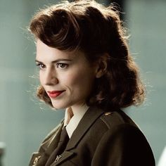 Find images and videos about Marvel, captain america and peggy carter on We Heart It - the app to get lost in what you love. Marvel E Dc, Marvel Women, Marvel Universe, Captain America Peggy Carter, Red Dead Online, Marvel Drawings, Hayley Atwell, And Peggy, English Actresses