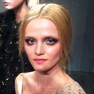 silver eyeshadow at erin featherson