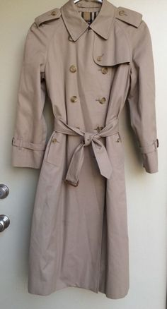 Burberry Women's Classic Khaki Trench Coat Size 6 Petite Tan #Burberry #Trench