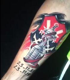 Time Tattoos, Tatoos, Club, Red Hulk, Temple Tattoo, Fotografia, Tattoos