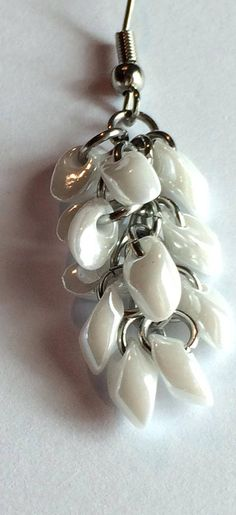 White ceylon chainmaille beaded earrings