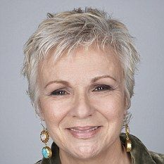 Super short hair over 40 new ideas Short Hair Older Women, Hair Styles For Women Over 50, Haircut For Older Women, Short Hair Styles, Short Pixie Haircuts, Short Hairstyles For Women, Cool Hairstyles, Pixie Hairstyles, Medium Hairstyles