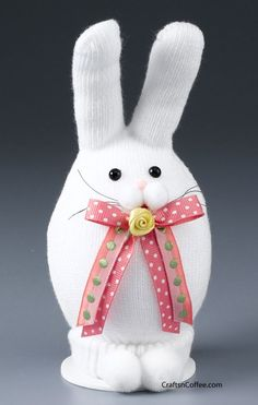 Easter bunny made from a white glove. Cute! #EasterBunny #EasterKidsCraft