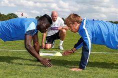 Eerste training nieuwe seizoen 2014-2015. Kara en Vossen