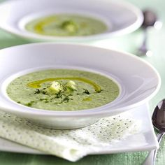 Our popular recipe for cold cucumber soup and more than other free recipes on LECKER. Our popular recipe for cold cucumber soup and more than other free recipes on LECKER. Casserole Dishes, Casserole Recipes, Soup Recipes, Healthy Recipes, Healthy Food, Cucumber Soup Recipe, Mutton Meat, A Food, Food And Drink
