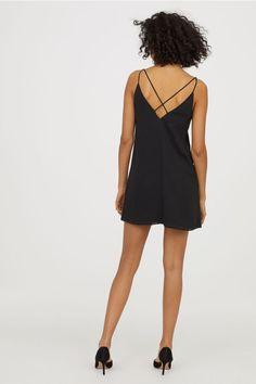 Krótka sukienka - Czarny - ONA | H&M PL 2
