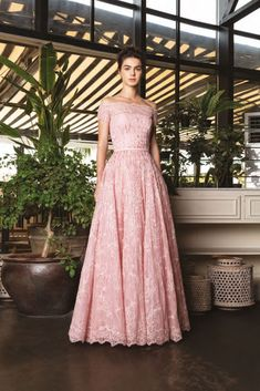 Rami Al Ali Ready-to-Wear Spring/Summer 2019 Collection Source Pregnant Wedding, Maternity Wedding, Rami Al Ali, Prom Dresses, Wedding Dresses, Yellow Dress, Vintage Dresses, Ball Gowns, Ready To Wear