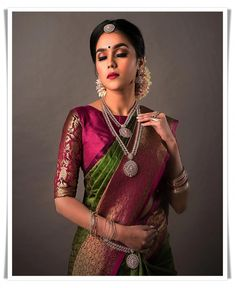Green and pink silk kanchipuram sari.Braid with fresh jasmine flowers. Blouse Designs High Neck, Blouse Designs Silk, Designer Blouse Patterns, Bridal Blouse Designs, South Indian Blouse Designs, Sari Design, Blouse Col Haut, Latest Pattu Sarees, Indian Designer Wear