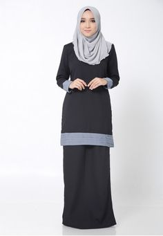 Hana Kurung Modern from Arisha in Black and Grey Disney Wedding Dresses, Pakistani Wedding Dresses, Wedding Hijab, Girls Fashion Clothes, Girl Fashion, Fashion Outfits, Womens Fashion, Hijab Bride, Girl Hijab