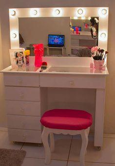 Penteadeira Room Design Bedroom, Room Ideas Bedroom, Bedroom Decor, Vanity Room, Vanity Decor, Pinterest Room Decor, Makeup Room Decor, Cute Room Decor, Home Living