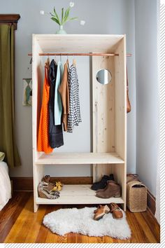 Modern Wooden Wardrobe DIY wardrobe Modern Wooden Wardrobe DIY - A Beautiful Mess Bedroom Diy, Diy Closet, Diy Home Decor, Home Diy, Diy Furniture Bedroom, Furniture Projects, Diy Projects For Bedroom, Diy Modern Furniture, Diy Wardrobe