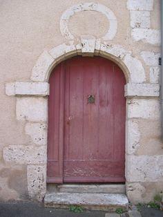 Puertas del mundo / Pink pale door