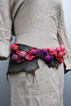 shibori leather-felt belt | sassafrasdesignl