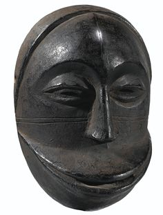 HEMBA MASK, DEMOCRATIC REPUBLIC OF THE CONGO haut. 15 cm 6 in Estimate 18,000 — 25,000 EUR  LOT SOLD. 24,750 EUR