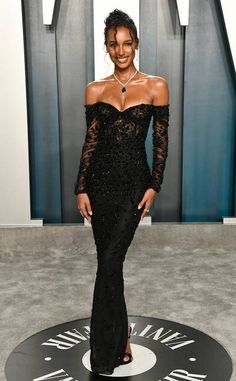 Jasmine Tookes from 2020 Vanity Fair Oscars After-Party In Georges Hobeika Source by arantxacheong dress outfit party night Rihanna Red Carpet, Jasmin Tookes, Red Carpet Gowns, Celebrity Red Carpet Dresses, Best Red Carpet Dresses, Best Oscar Dresses, Oscar Fashion, Do It Yourself Fashion, Vanity Fair Oscar Party
