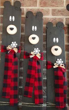 Christmas Wood Crafts, Christmas Signs Wood, Rustic Christmas, Christmas Projects, Winter Christmas, Fall Crafts, Holiday Crafts, Holiday Fun, Christmas Time