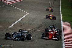 First laps of the Bahrain GP 2017 (Bottas, Vettel, Hamilton, Verstappen & Ricciardo)