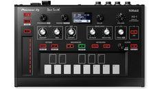 Überraschung - Teil 2! Pioneer DJ stellt in Zusammenarbeit mit Dave Smith den nächsten Klangerzeuger vor. Ein kleiner monophoner Prophet 6 für die Hosentasche. Hier die ersten Facts.