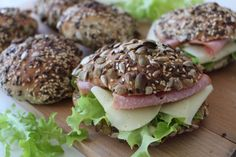 Our Daily Bread, Salmon Burgers, Granola, Food Inspiration, Baking Recipes, Smoothies, Sandwiches, Food Porn, Food And Drink