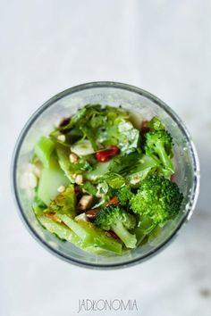 jadłonomia • roślinne przepisy: Pesto brokułowe
