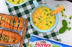 Jeżeli lubisz smak sera, ten sprawdzony przepis na pewno Ci się spodoba :) A jeszcze bardziej, kiedy przekonasz się, że przygotowanie tej zupy zajmie Ci nie więcej niż pół godziny :) Podstawą każdej zupy jest dobry wywar warzywny. Jego przygotowanie zwykle zajmuje trochę czasu. Ale nie tym razem, bo korzystamy ze świetnej Włoszczyzny Hortex . Zaoszczędzisz dużo czasu korzystając z mrożonek wysokiej jakości. A takie są właśnie produkty Hortex . Warzywa są zamrażane tuż po zebraniu, dzięki… Cheeseburger Chowder, Cheddar, Cantaloupe, Soup, Fruit, Cheddar Cheese, Soups